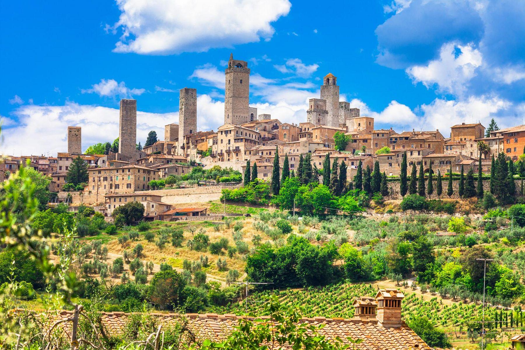 Wunderschone San Gimignano Toskana Italien iStock 516856014