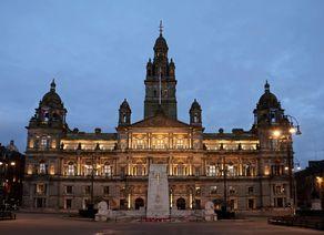 Glasgow GeorgeSquare iStock692520396 web