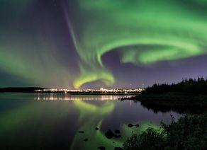 Reykjavik Nordlichter iStock624985560 cmyk web